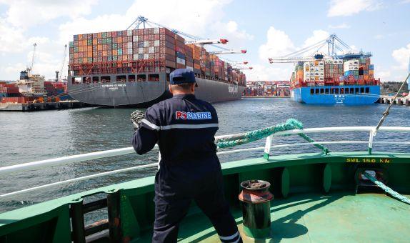 PO Marine'den Büyük Yakıt İkmali Hamburg Express'e 5.000 mt Yakıt Verildi