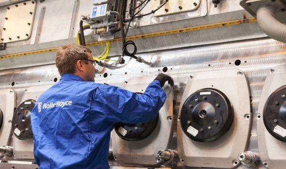 Rolls-Royce Denizcilik İş Kolunun Kongsberg'e Satışını Tamamladı