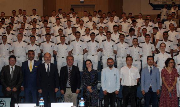 KOSDER'den 9 E.Ü. Denizcilik Fakültesi'nde Konferans